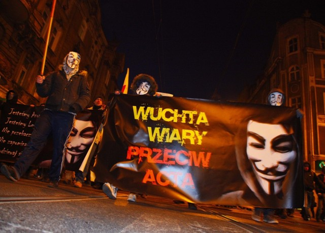 Czwartkowa manifestacja przeciwko ACTA w Poznaniu