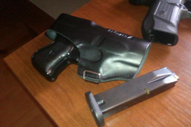 Zdjęcie broni użytej do samoobrony otrzymaliśmy od napadniętego.