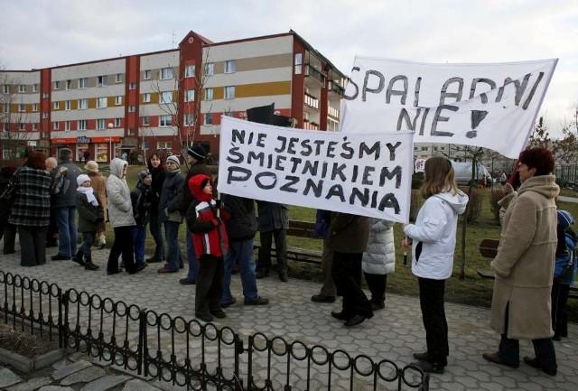 Mieszkańcy gminy Czerwonak protestują, bo nie życzą sobie cuchnących inwestycji obok swych domów