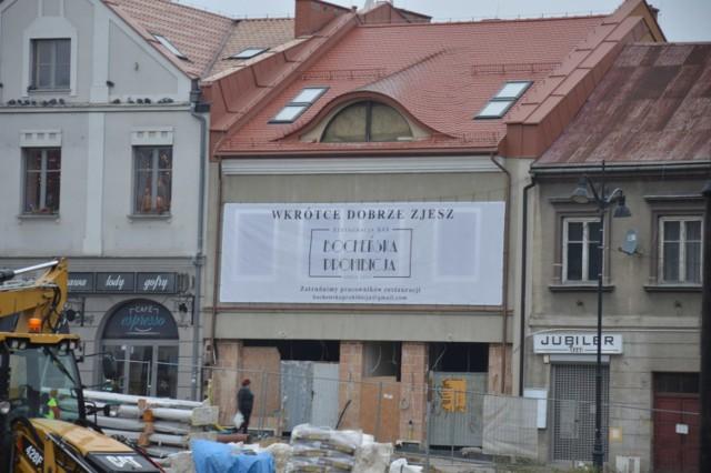 31 sierpnia 2009 roku stara kamienica Rynek 13 uległa katastrofie budowlanej