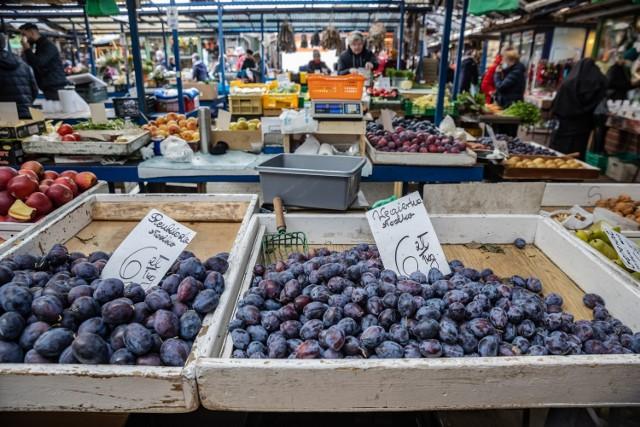 Ceny warzyw i owoców na Starym Kleparzu i Placu Bieńczyckim