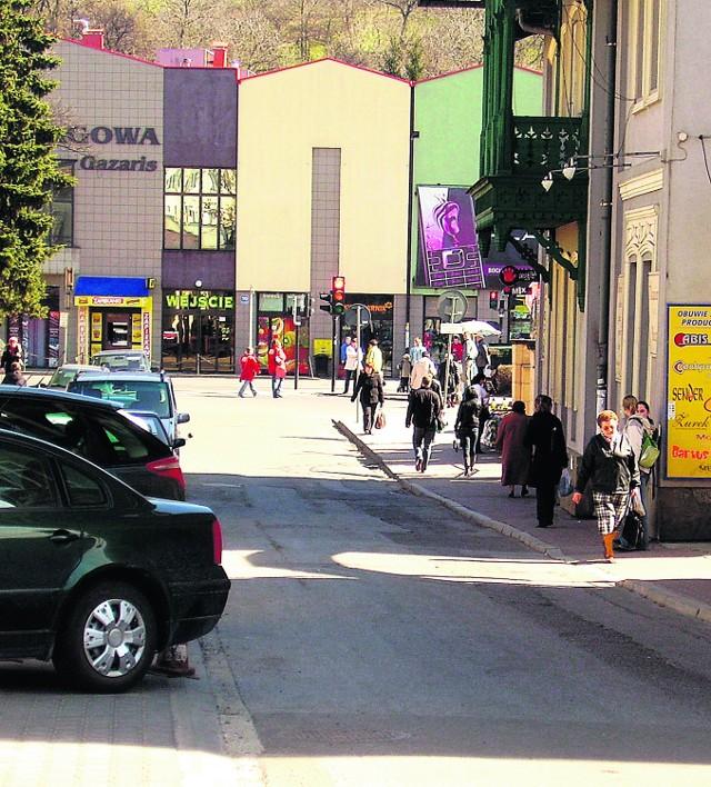 W najbliższych miesiącach na ulicy Solnej pojawi się estetyczna kostka brukowa