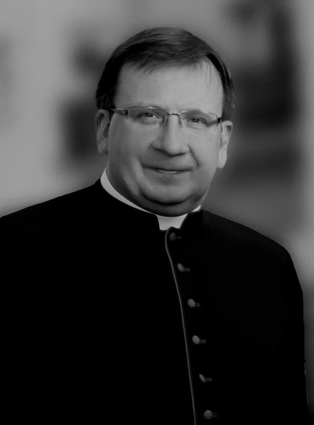 Ksiądz Waldemar Irek