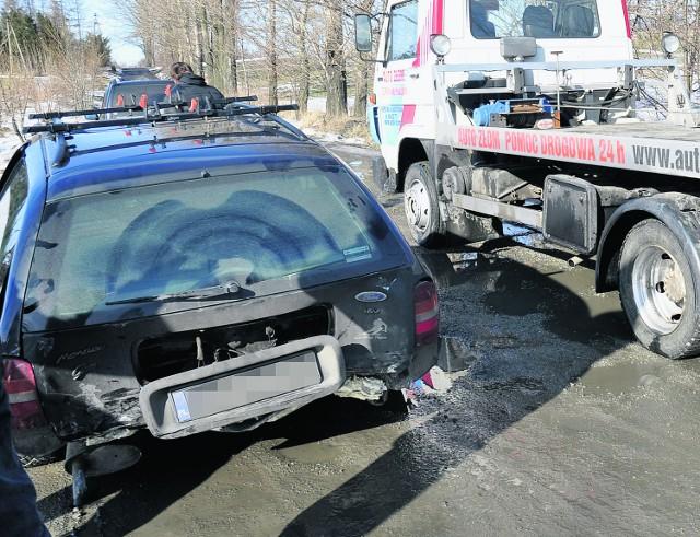 W tym karambolu w Inwałdzie zderzyło się kilka aut