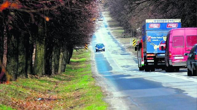 W wakacje ruszy remont drogi do Zalewu Zemborzyckiego