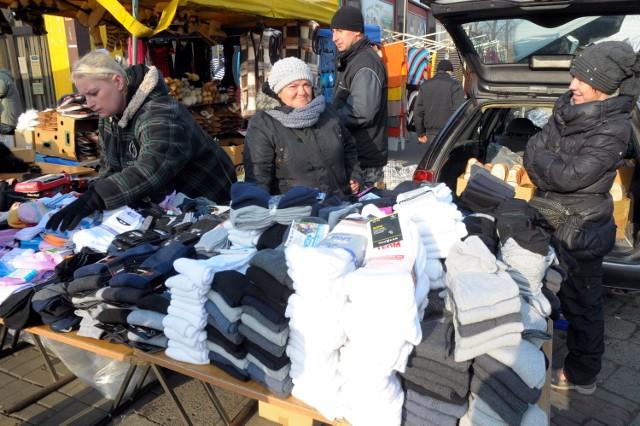 Al. Tysiąclecia: Targowisko zostaje na kolejny rok
