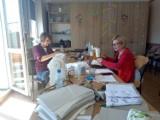 Gmina Czerniejewo:szycie i dystrybucja maseczek dla mieszkańców. W akcję zaangażowało się wiele osób
