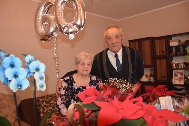 Z powodu panujących obostrzeń, państwo Serwatkowie nie mieli w tym roku imprezy z okazji 60. rocznicy ślubu. Ta, jeśli będzie taka możliwość, odbędzie się w cieplejszych miesiącach