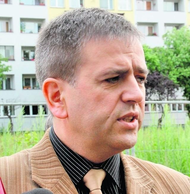 Radny Krzysztof Olszowiak uważa, że Robert Raczyński mógł popełnić przestępstwo, poświadczając nieprawdę