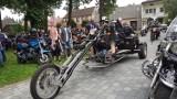 Zjazd Motocyklowy Drogowych Poetów w Stawiszynie. Zbierano fundusze potrzebne na leczenie Lenki. ZDJĘCIA