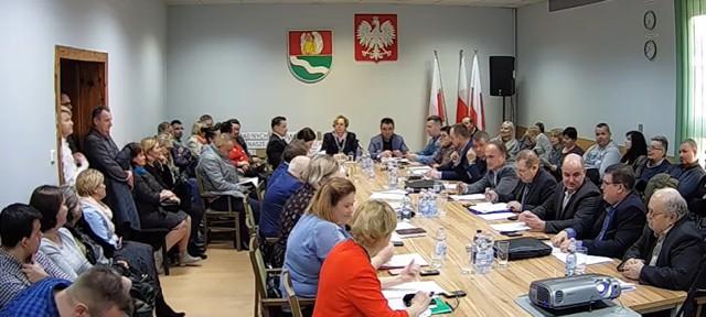 W niedzielę 26 lipca 2020 w godz. 7.00-21.00 mieszkańcy gminy wiejskiej Żagań będą głosować w referendum w sprawie odwołania radnych.