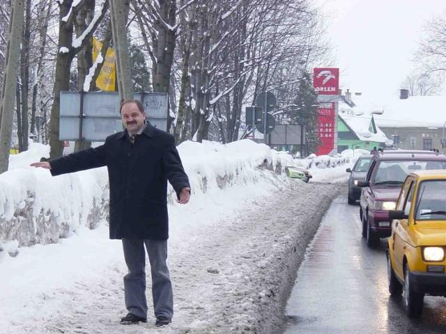 Zima nas wykańcza - mówi Piotr Tyrlik