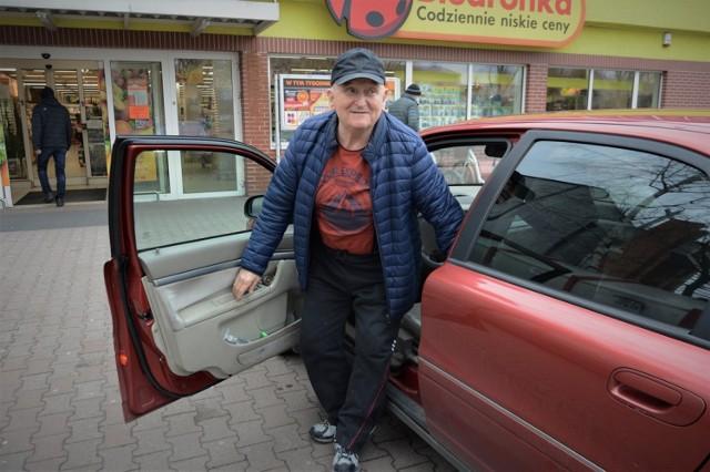 Grzegorz Prockiw jest zbulwersowany tym, co spotkało go w sklepie Biedronka w Bełchatowie ze strony pracownika ochrony