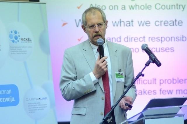 Konferencję rozpoczęła prezentacja Piotra Lassoty z Polpharmy.
