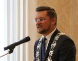 Prezydent Katowic czuje się lepiej i odpoczywa w domu. Marcin Krupa zasłabł wczoraj w trakcie sesji Rady Miasta