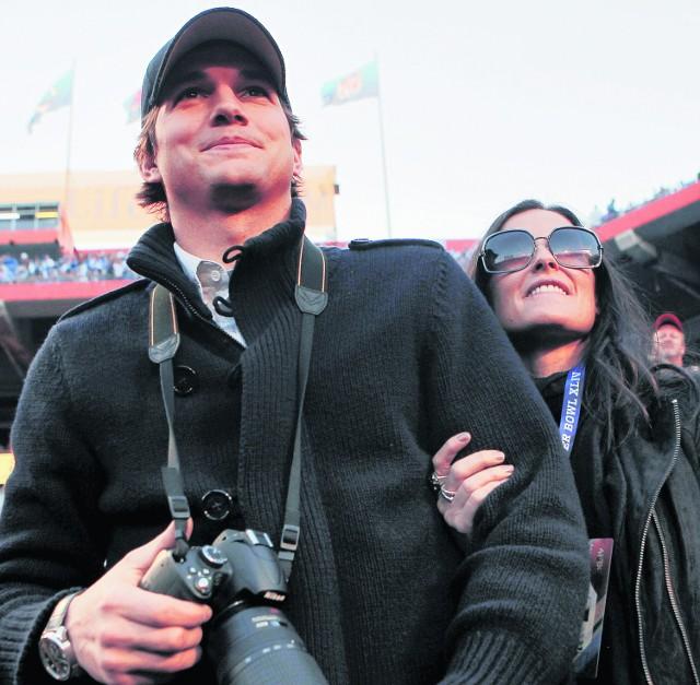 Ashton Kutcher jest mężem Demi Moore