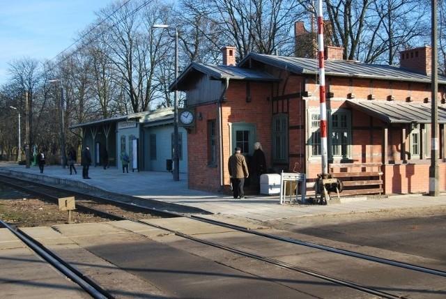Dworzec w Puszczykówku odzyskał elewację, jaką miał w roku 1911, gdy go zbudowano