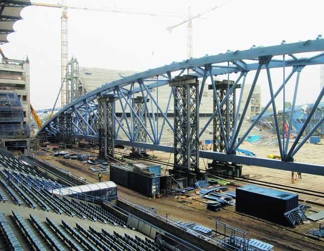W czasie modernizacji Stadionu Miejskiego płyta boiska zmieniała się w plac budowy