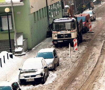 Usytuowana w samy środku miasta ul. Mickiewicza jest zupełnie zapomniana przez służby miejskie