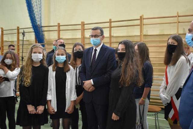 Premier Mateusz Morawiecki na rozpoczęciu roku szkolnego 2020/2021 w Dalikowie