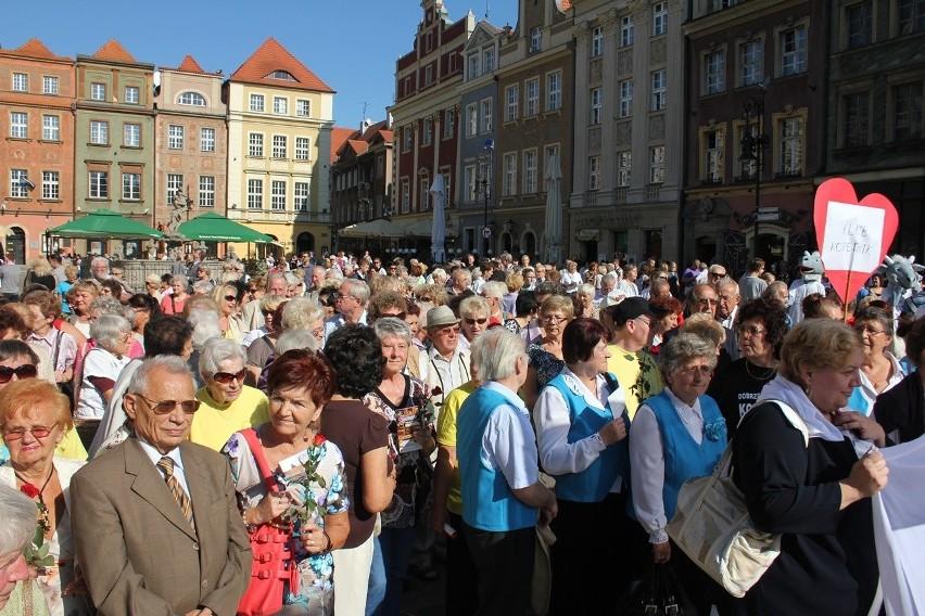 W zeszłym roku seniorzy tłumnie wzięli udział w inauguracji...