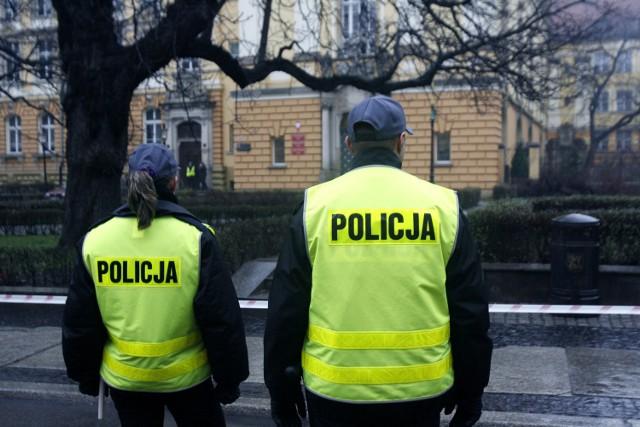 Policja szuka złodziejki