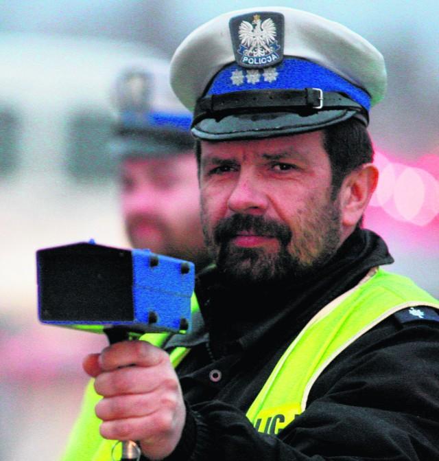 Policja woli edukować niż karać mandatami śląskich kierowców