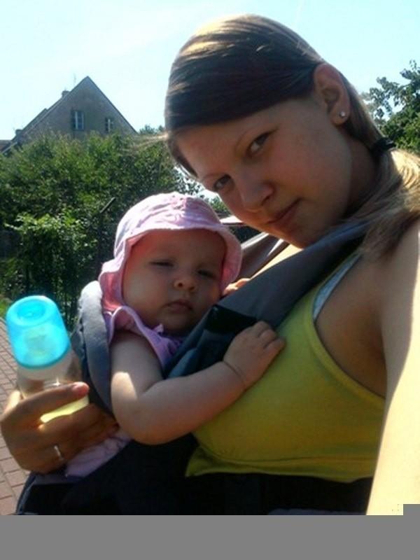 mama Julia Wyrwas, córka Wiktoria Piasecka