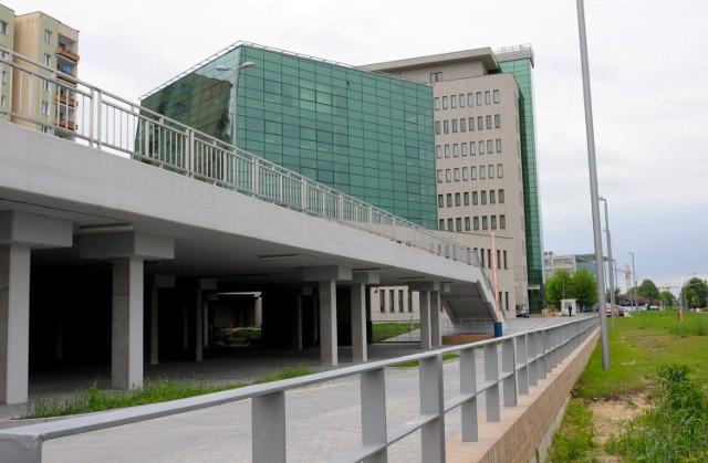 Przy ul. Smorawińskiego stanęły dwa połączone ze sobą budynki biurowe