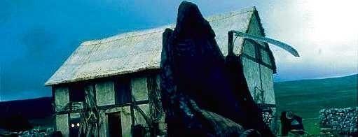 """""""Sens życia według Monty Pythona""""Śmierć to jeden z głównych motywów żartów komików wszech czasów. Raz śmierć odwiedza rodzinę na wsi, innym razem prowadzący program w tv dyskutuje o śmierci z martwymi gośćmi."""