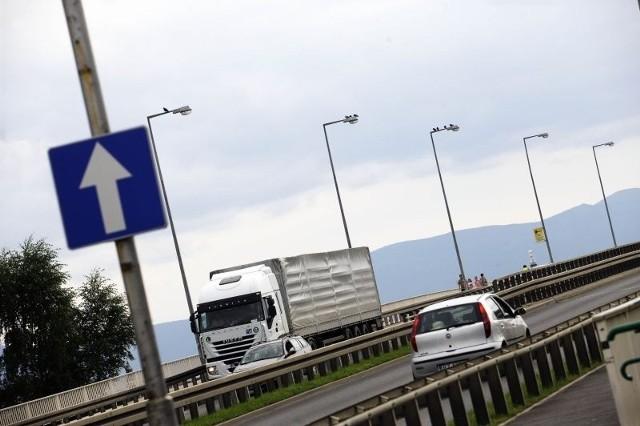 150 nowych lamp oświetli drogę kierowcom na obwodnicy
