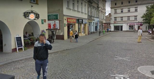Mieszkańcy Tarnowskich Gór w oku kamery Google Street View. Zobacz kolejne zdjęcia. Przesuwaj zdjęcia w prawo - naciśnij strzałkę lub przycisk NASTĘPNE >>>