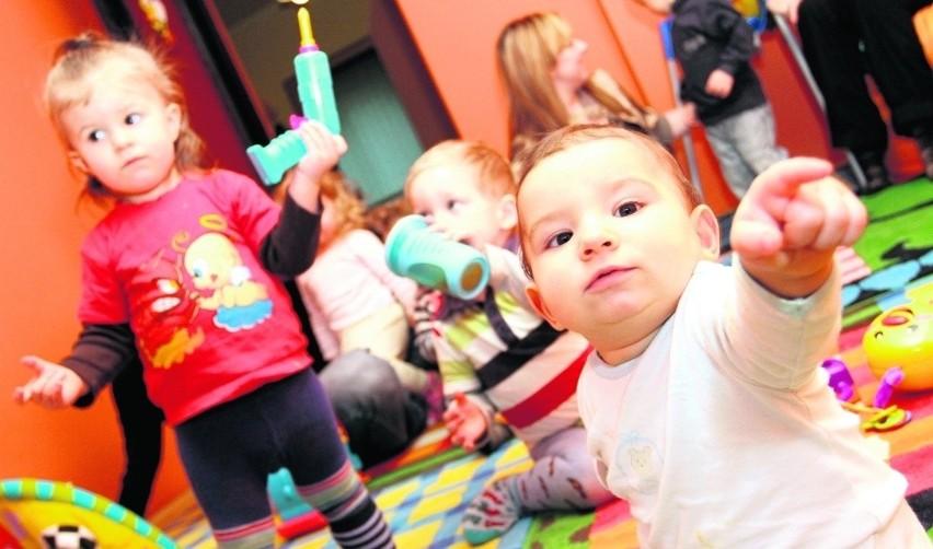 W kolejce do gdańskich żłobków czeka ok. 2 tys. dzieci. Z roku na rok miejsc ma być więcej