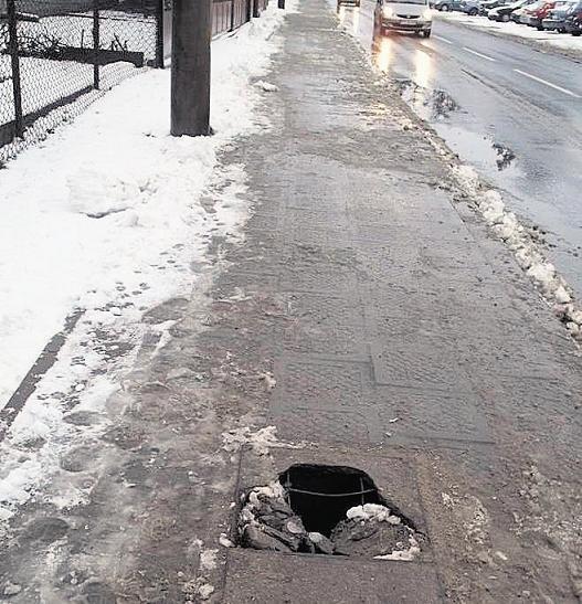 Taka dziura jest na ulicy Naramowickiej