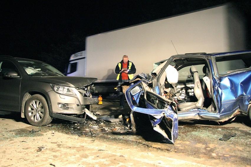 W wypadku pod Pabianicami ranne zostały 4 osoby