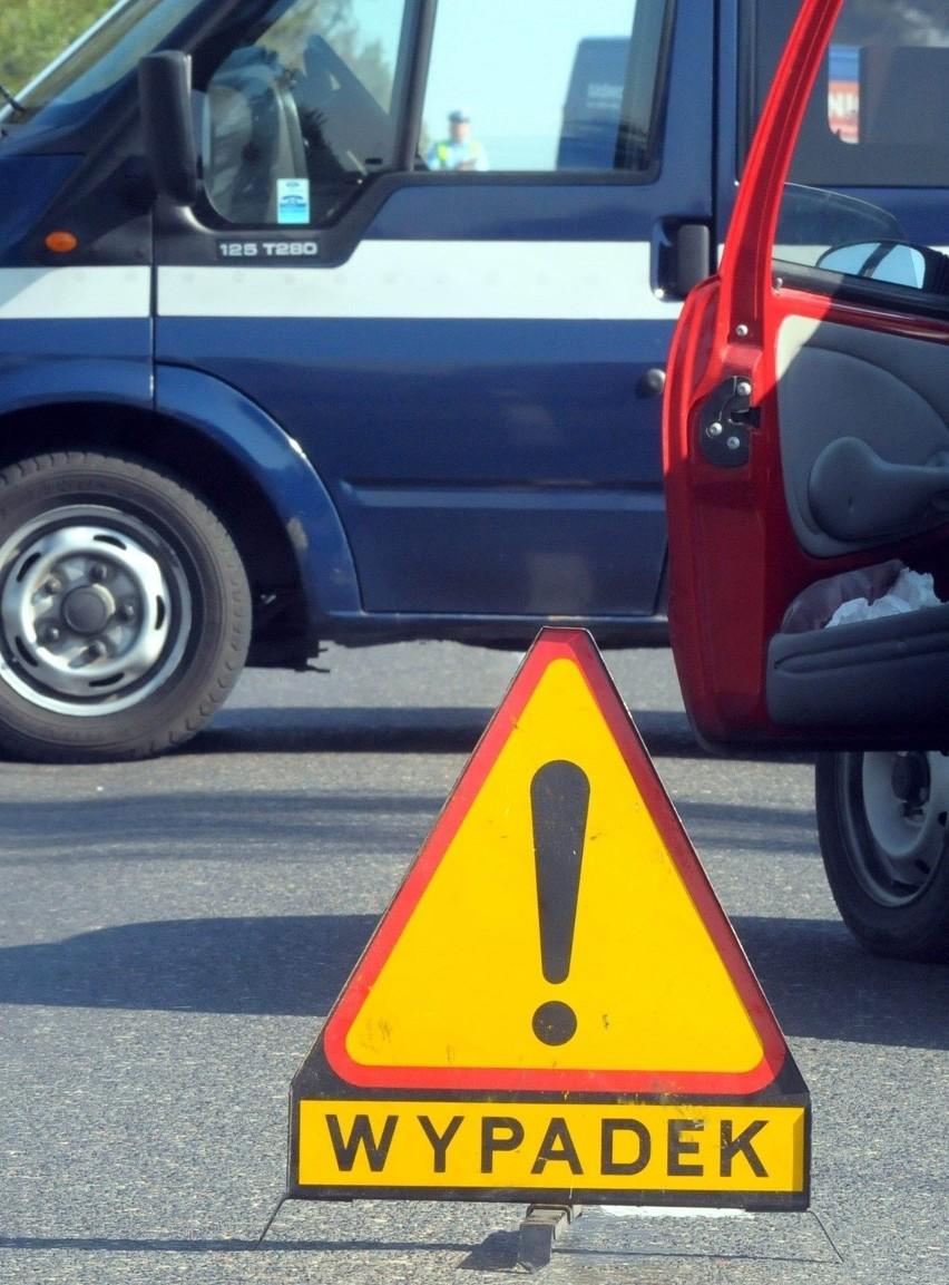 Wypadki w pow. włodawskim: Dwóch rannych i kierowca z 3 promilami