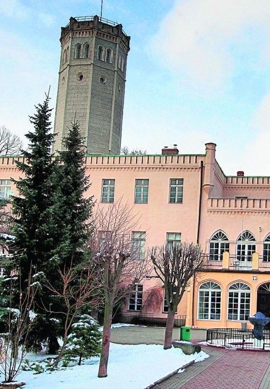 Pałac jest piękny, ale nie nadaje się na nowoczesną szkołę