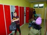 Nowe szafki dla uczniów zduńskowolskich szkół [zdjęcia]