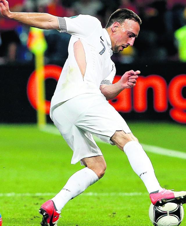 Francuz Franck Ribbery świeci golizną. Megawywietrznik sposobem na upał?