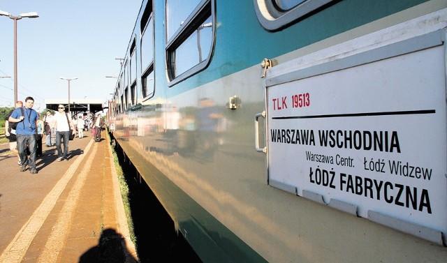 TLK 19513 - pociąg, który kwadrans czeka na stacji Łódź-Widzew.