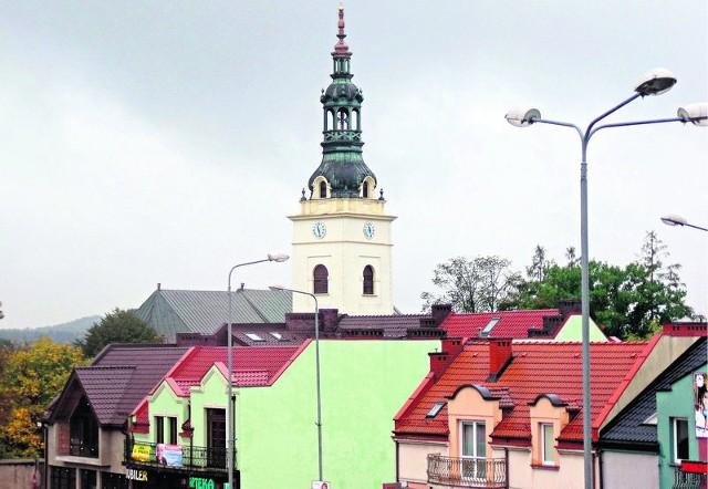 Nową wieżę i krzyż postawiono dzięki pomocy sponsora