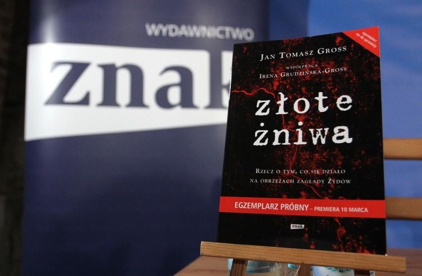 """""""Złote żniwa"""" Jana Tomasza Grossa dopiero co trafiły do..."""