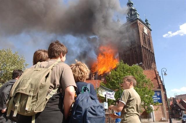 22.05.2006 - Pożar kościoła św. Katarzyny w Gdańsku