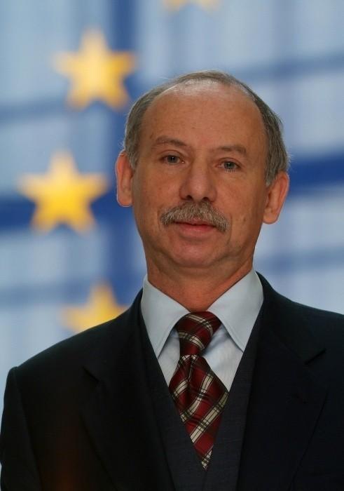 Janusz Lewandowski, europoseł PO, były minister przekształceń własnościowych