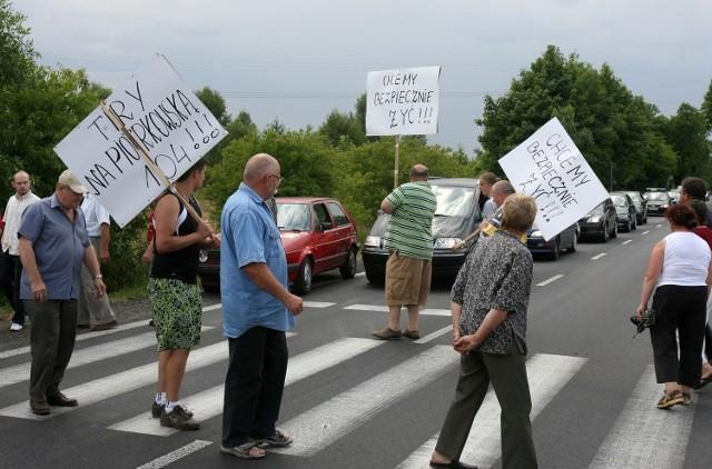 Mieszkańcy Nowosolnej walczyli o obwodnicę blokując drogi