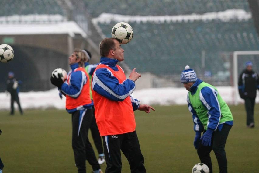Michał Pulkowski i jego koledzy z Ruchu pierwszy raz w tym roku trenowali wczoraj na Stadionie Śląskim