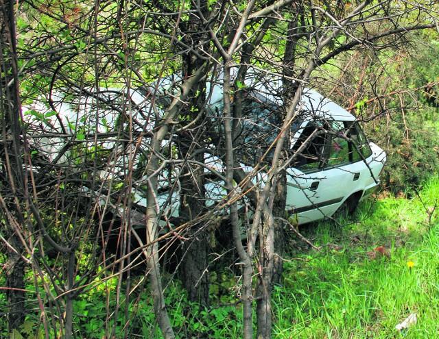 Kierowca tego auta miał 4,2 promila alkoholu we krwi