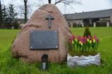Cmentarz epidemiczny w Wieleninie w gminie Uniejów ocalony od zapomnienia (zdjęcia)