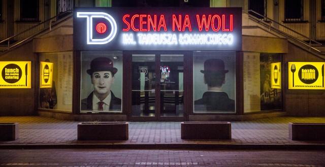 Nowy neon Teatru Dramatycznego już świeci [ZDJĘCIA]