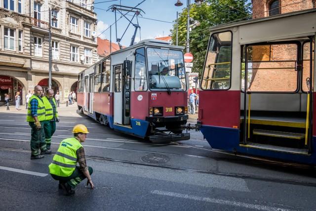 Pasażerów w Bydgoszczy wożą 132 tramwaje. Większość z nich, bo 110, to pojazdy wyprodukowane w latach osiemdziesiątych ubiegłego wieku. Nasz tabor co prawda młodnieje, ale powoli